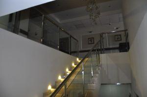hotelhall04